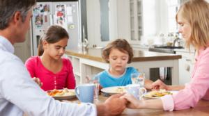 khắc phục tình trạng biếng ăn ở trẻ