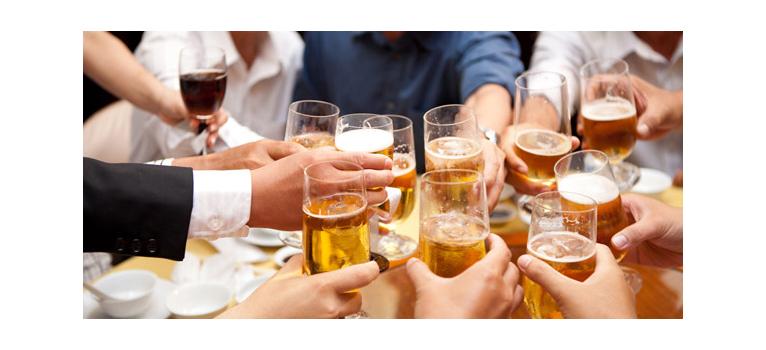 Có nên uống rượu sâm?